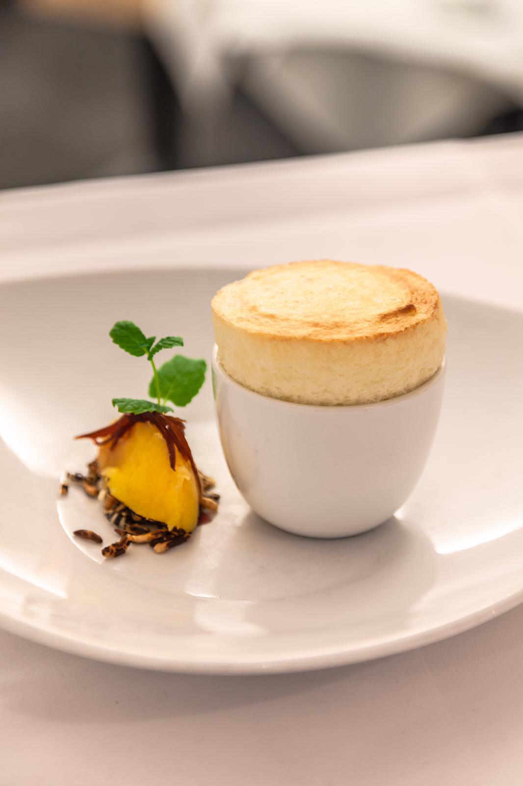 Milreis Souffle - Gericht im Restaurant Valentin Lindau